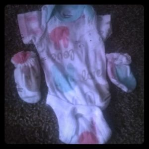 I am selling a baby outfit